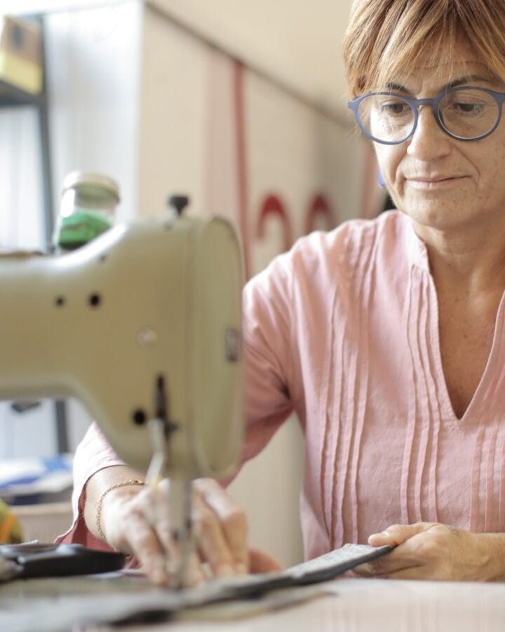22 Must-Have For Sewing Enthusiasts In 2020 – The Ultimate List