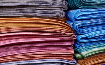 Can you use flannel and cotton in a quilt?