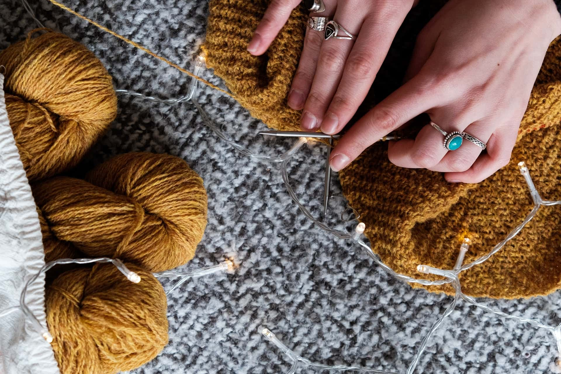 What is STS knitting, and what does STS stand for?