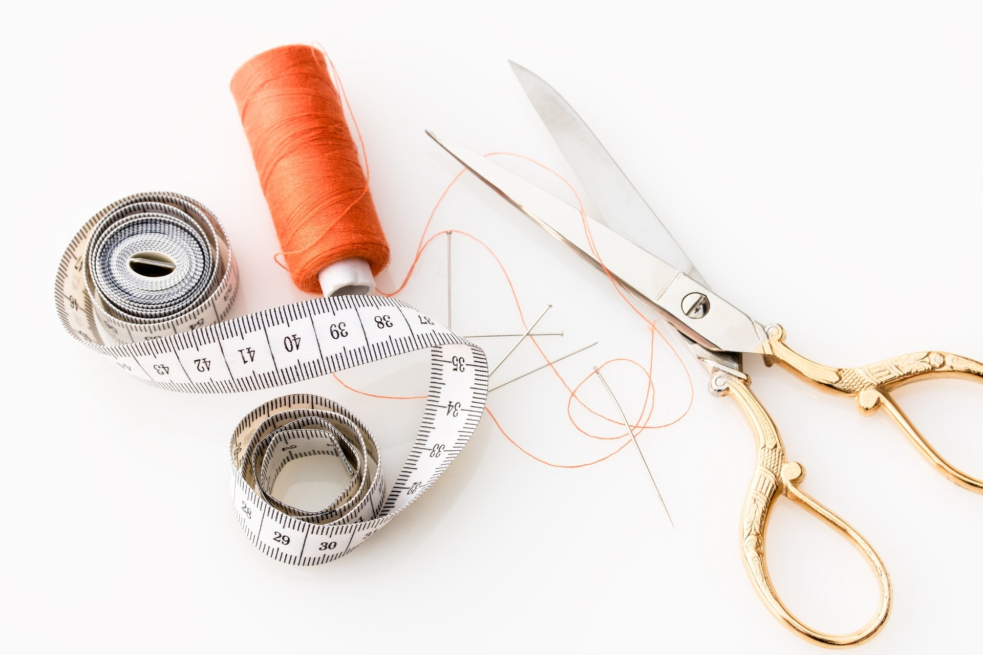 How do I stop my thread from knotting?