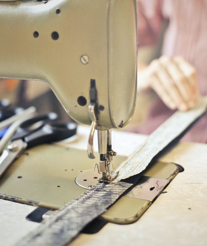 Do sewing machines need special thread?