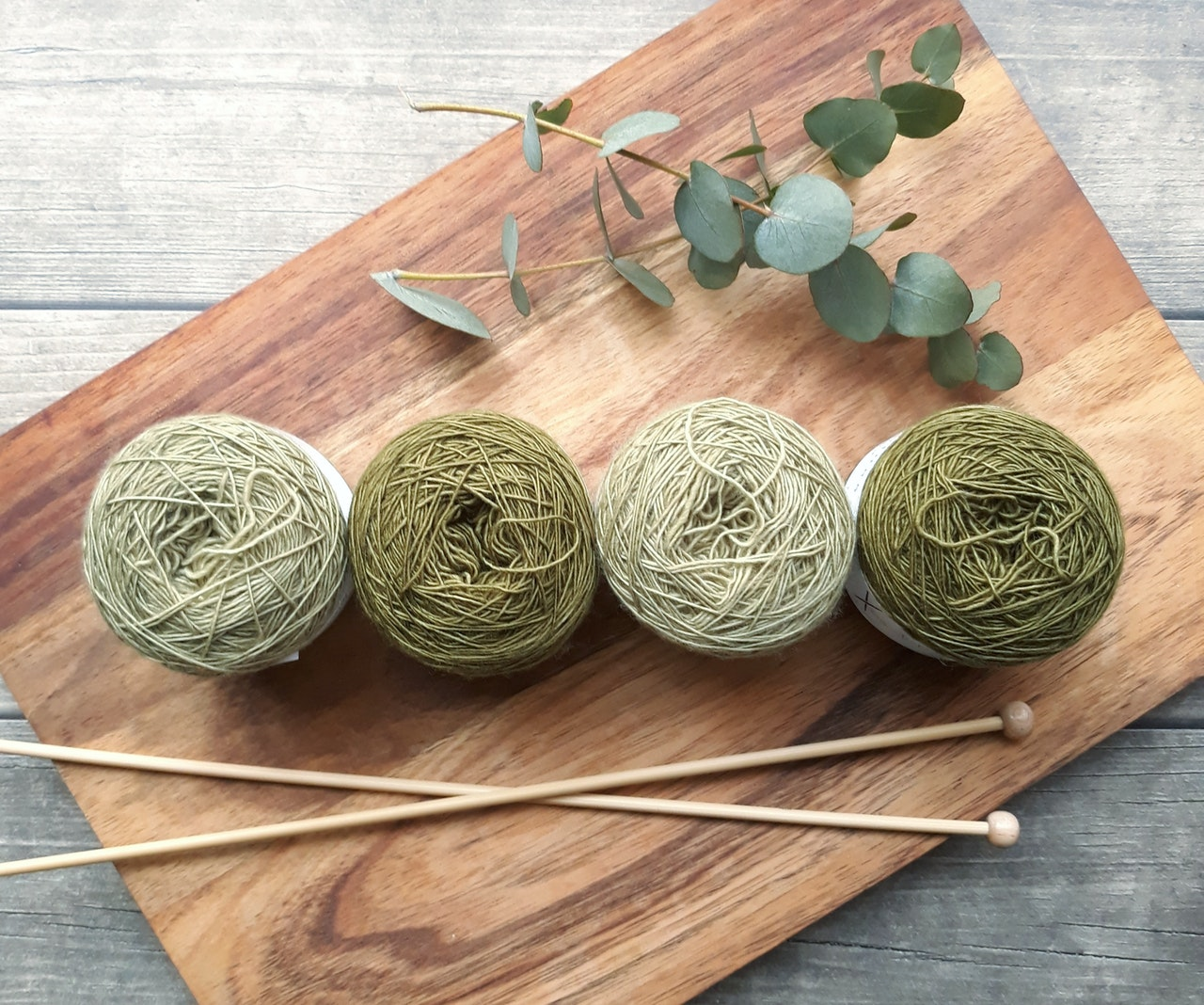 Do You Knit Or Purl First? What You Must Know