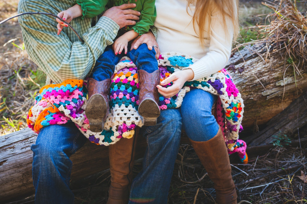 Is it better to knit or crochet a baby blanket? - CraftTribeOnline.com