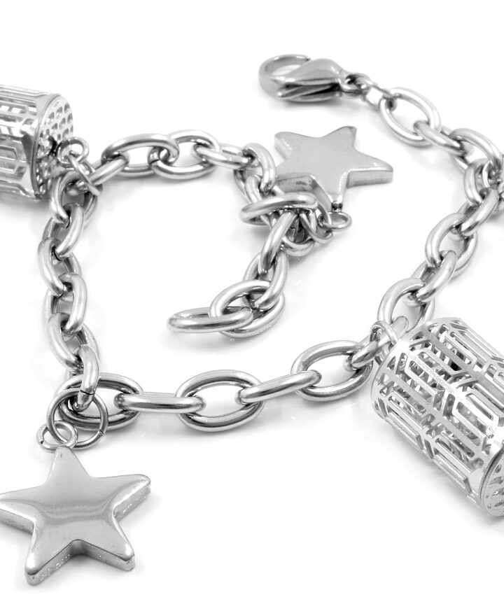 Making Stainless Steel Jewelry: The 12 Pros and Cons