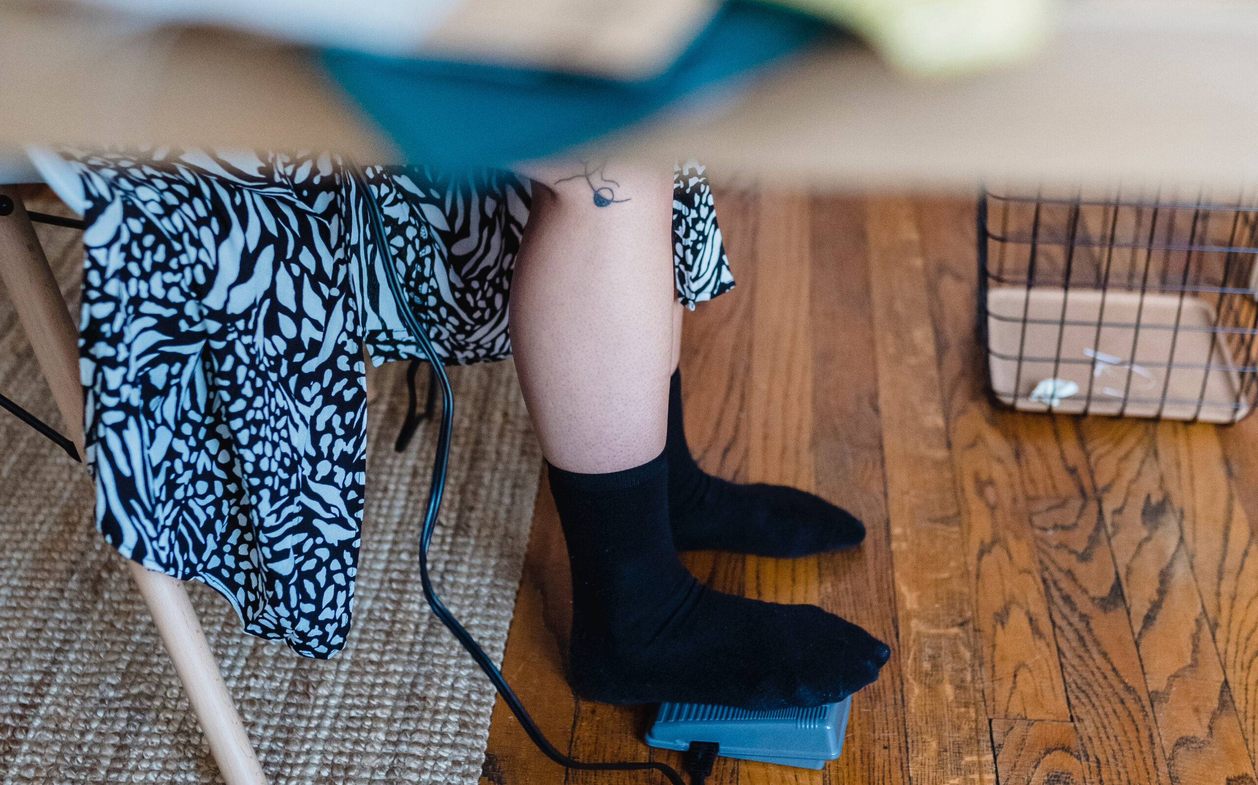 Do all sewing machines have foot pedals?